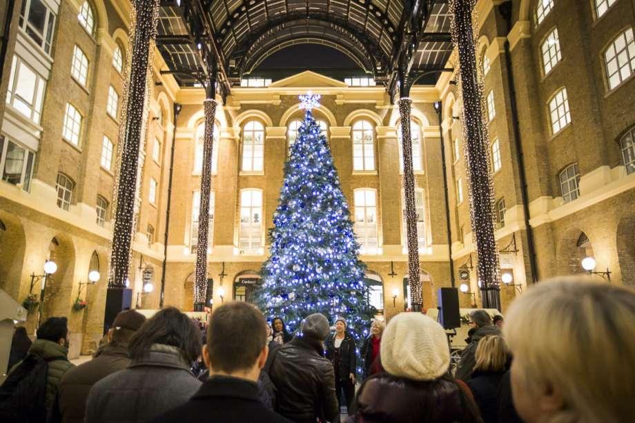 Christmas Tree in Hay's Galleria