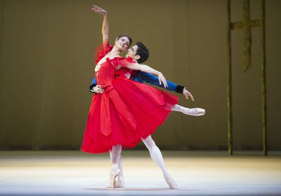 Zenaida Yanowsky As Marguerite And Federico Bonelli As Armand ¬ Roh Tristram Kenton 2013